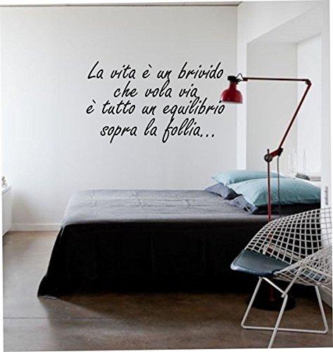 wall stickers Adesivo murale frase'La vita è un brivido che vola via' - frasi per cameretta, scritte carine,decorazione interni (LARGE 120 CM. X 50 CM. NERO) Adesivo4You.com