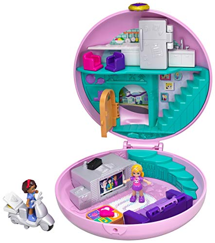 Polly Pocket GDK82 Pocket World Donut Pajama Party Compact with Donut Shape, Surprise Reveals, Micro Polly and Shani Dolls & Pizza Scooter Accessory​