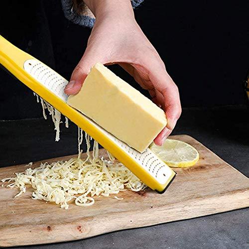 おろし金 チーズグレーター チーズおろし 多機能 レモン 大根 生姜 チョコレート ニンニク フルーツ用 洗いやすい 鋭い ステンレス鋼の刃 保護カバー付き(ブラック)