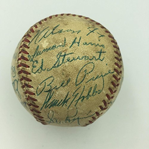 Nice 1952 Chicago White Sox Team Signed American League Baseball Nellie Fox...