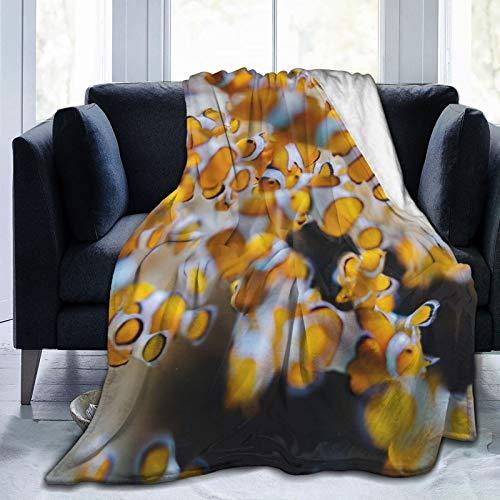 Colorful products Manta de forro polar de 127 x 152 cm, diseño de peces, color amarillo, para el hogar, de franela, suave y cálida, para cama/sofá/oficina/camping