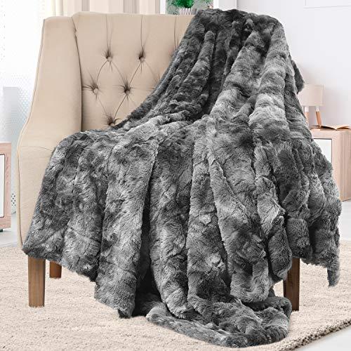 Everlasting Comfort Manta elegante de piel sintética - Suave y acogedora - Manta para sofá - Manta de pelo suave para el sofá y la cama - 127 x 165 cm - (Gris)