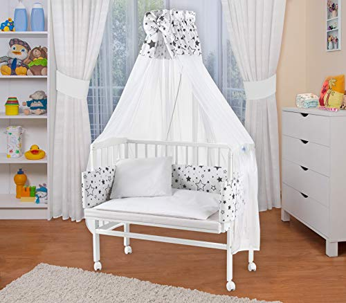 WALDIN Baby Beistellbett mit Matratze und Nestchen, höhen-verstellbar, Holz natur oder weiß lackiert, 16 Modelle wählbar (Weiß lackiert, weiß/SterneMix)