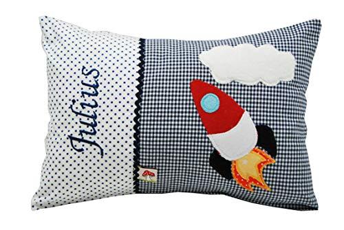 Glückspilz Namenskissen Babykissen I Rakete Raumschiff I mit Namen personalisiert I Geschenk zu Geburt, Taufe, Geburtstag I Blau I 25 x 35 cm