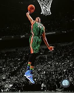 NBA Giannis Antetokounmpo Milwaukee Bucks 2014-2015 Action Photo (Size: 8 x 10)