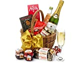Cirencester Hamper With Champagne