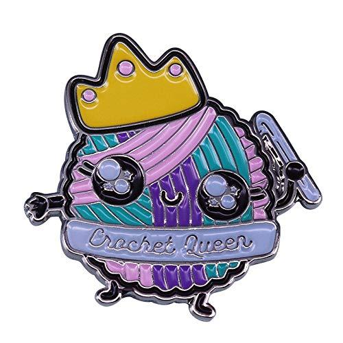 Lindo broche de la reina de ganchillo pastel yarn bola creativa knitter talento regalo broche