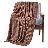 Homescapes gestrickte Tagesdecke, braune Wohndecke 130 x 170 cm, Strickdecke aus 100prozent Baumwolle mit Zopfmuster, perfekt als Sofaüberwurf, Kuscheldecke, Plaid oder Babydecke