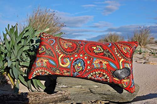 Cojín de 20 * 40 cm en Seda Natural y Piel de Cabra Negra. Modelo; Antares Rojo.