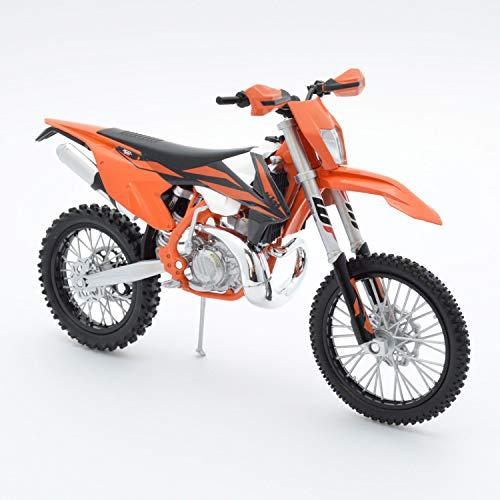 New Ray 67483 Suzuki GSX1300R Hayabusa 2010 Motocross