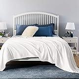 BEDSURE Decke Sofa Kuscheldecke weiß- XXL Fleecedecke für Couch weich & warm, Wohndecke flauschig 220x240 cm als Sofadecke Couchdecke