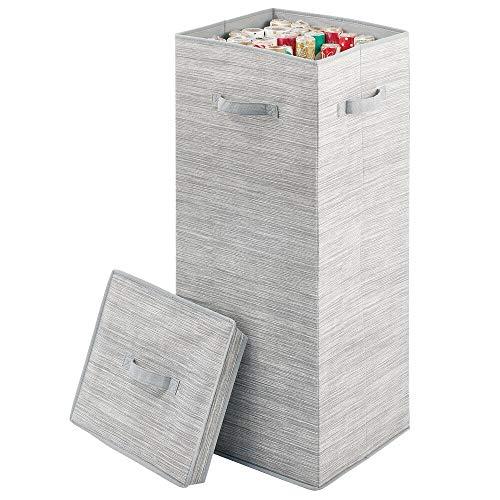 mDesign Aufbewahrungsbox für Geschenkpapierrollen – große Box mit Deckel und Griffen aus Kunstfaser – stilvolle Ordnungsbox mit texturierter Optik für Lange Rollen – grau und beige