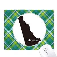 デラウェアアメリカ 米国のマップのシルエット 緑の格子のピクセルゴムのマウスパッド