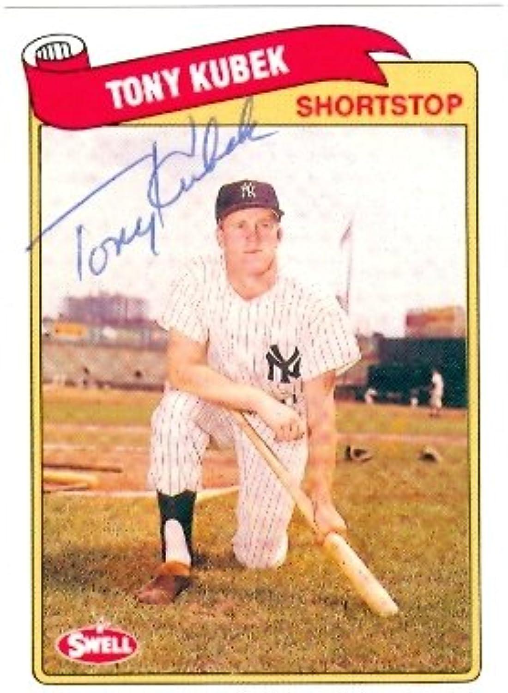 Tony Kubek autographed Baseball Card (New York Yankees) 1989 Swell  68 Baseball Greats  Autographed Baseball Cards