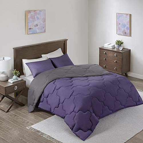 Comfort Spaces Vixie Comforter Set-Modern Geometric Quaterfoil Cloud Quilted Design All Season Down Alternative Bedding, Matching Shams, Full/Queen(90'x90'), Microfiler Reversible Purple/Charcoal