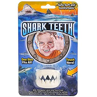 Rhode Island Novelty Great White Shark False Teeth Set