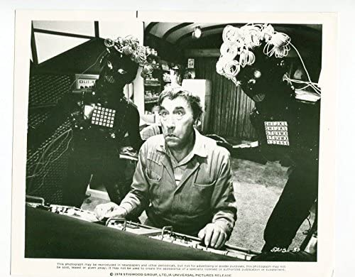 MOVIE PHOTO: SGT. PEPPER'S LONELY HEARTS CLUB BAND-FRANKIE HOWERD-8X10-STILL-MUSIC-BEATLES  at Amazon's Entertainment Collectibles Store