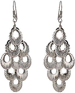 Gli orecchini in ottone colore argento ciondolo a forma di conchiglia fine lunga piccoli fori aspetto