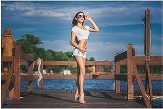 Beauty Baby Sunny Women Pantalones cortos de mezclilla Tacones altos ajustados Mujeres con gafas Decoración de pared Impre...