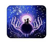 星空のマウスパッド、小さな男の子とキツネ、または犬が星空と星座のゲーミングマウスパッドを背景に惑星に座っています。ブラックブルー、200mm X 240mm