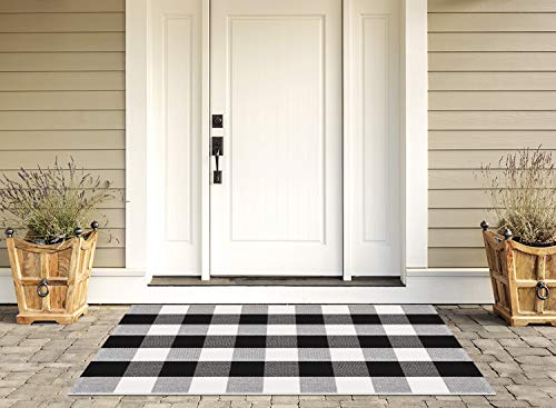 Syntus Buffalo Plaid Rug, 27.5 x 43.3 inch Doormat Kitchen Rug Black and White Cotton Outdoor Mat for Porch Bathroom Carpet Living Room Throw Area Rug