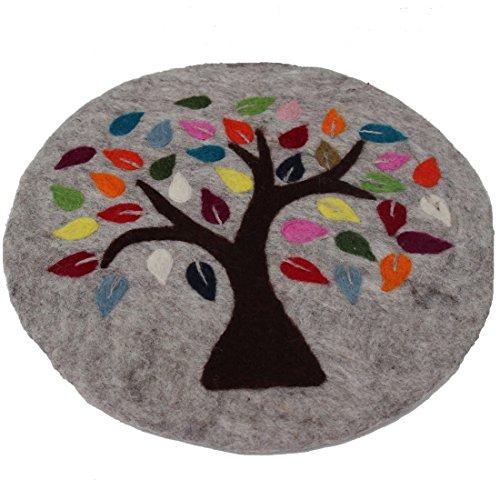 Maharanis  Lebensbaum FAIRTRADE Tree of life Handgefilzter Untersetzer Unterlage Stuhlkissen Sitzkissen  graumeliert, 35 cm, Grau Meliert