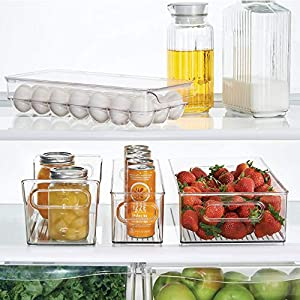 InterDesign Covered Egg Holder - Refrigerator Storage Container, 21 Egg Tray, Clear