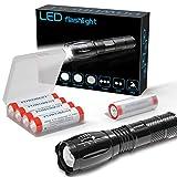 Linterna de mano Super brillante LED Linterna táctica Lámpara con zoom Antorcha-con 4x18650 Batería recargable Botón de 3,7 V Batería superior para ciclismo Senderismo Camping Emergencia