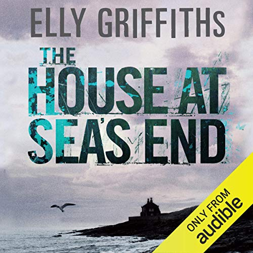 Couverture de The House at Sea's End