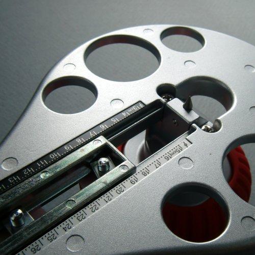 NT Cutter Aluminum Die-Cast Body Heavy-Duty Circle Cutter, 1-3/16 Inches 10-1/4 Inches Diameter, 1 Cutter (C-3000GP) Photo #9