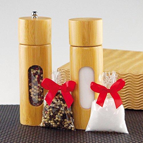 Geschenkset Salzstreuer und Pfeffermühle aus Bambus mit Speisesalz und bunten Pfefferkörnern zum Befüllen. Inklusive Geschenkverpackung.