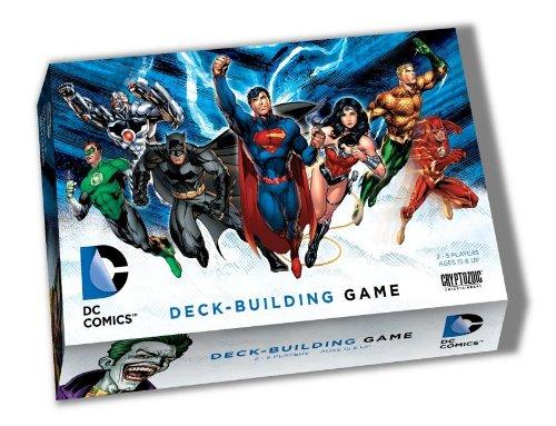 Juega con tus héroes de historietas DC favoritas Combos de cartas, estrategia y diversión abundan en este juego Cada superhéroe tiene una habilidad especial única Edad 15 + 2-5 jugadores