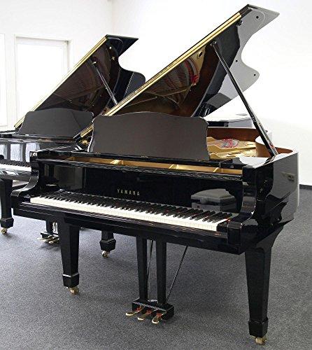 Piano de cola Yamaha C7 (negro pulido), usado