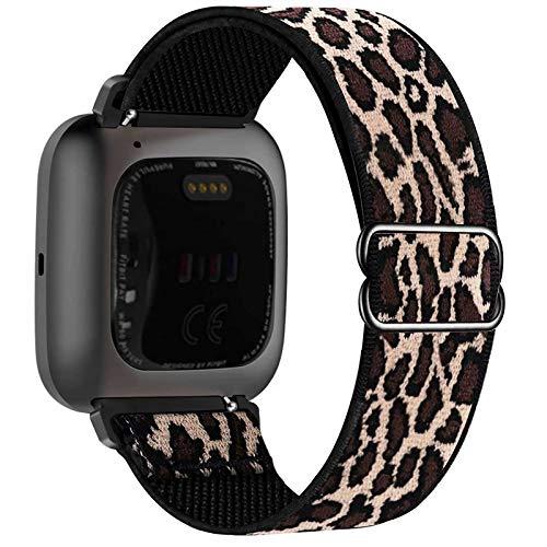 Fengyiyuda Nylon Armband Kompatibel mit Fitbit Versa/ Versa 2/ Versa Lite/Versa SE Armband, Damen Herren Stretchbänder,Elastisch Einstellbar Smartwatch Sport Ersatzbänder Weiches,Leopard