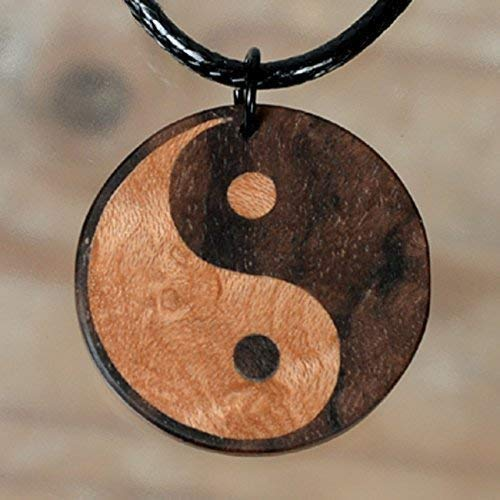 Yin Yang/Holzschmuck/Eilegearbeit Intarsien/Helles Vogelaugenahorn und dunkles Nussbaummaser/Ausgeglichenheit Esoterik Judo Karate