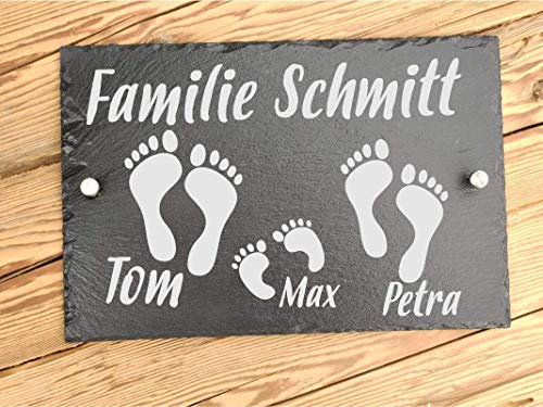 Haus-Türschild personalisiert aus Schiefer - Hausschilder mit Gravur Füße - Familienschild auch als Hausnummer - Hausschild individuelle mit Namen