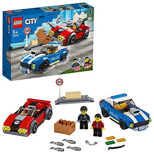 LEGO 60242 City Polizei Festnahme auf der Autobahn mit 2 Spielzeugautos, Verfolgungsjagd Bausets für Kinder ab 5 Jahren