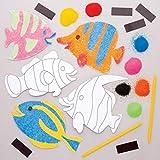 Baker Ross- Kits de imanes de peces tropicales para decorar con arena de colores (Pack de 6) - Actividad de manualidades infantiles