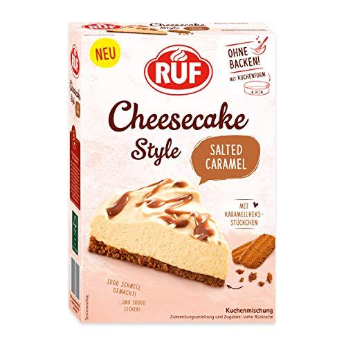 RUF Cheesecake Salted Caramel ohne Backen mit einem Boden aus mit Karamellkeks-Stückchen