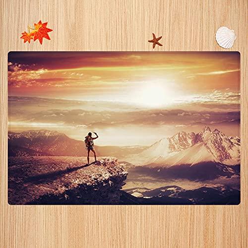 Tappeto da bagno antiscivolo 50X80 cm,Avventura, donna viaggiatore con zaino sulla stampa fotografica di montagna topografico avventura al Tappetino da bagno morbido e assorbente