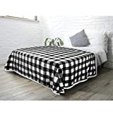 PAVILIA Buffalo Check Sherpa Blanket Queen   Fuzzy White Black Checkered Flannel Fleece Blanket for Couch Bed   Fluffy Warm Cabin Plaid Plush Microfiber Blanket   90x90
