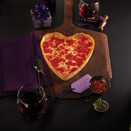 Valentine's Day Heart-Shaped Pizza Gift Package (1 Heart-Shaped Cheese 1 Round Spinach)