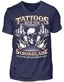 Tattoos sind wie Schokolade - Geschenk-Idee für Tätowierte & Tattoo-Fans - Herren V-Neck Shirt -XXL-Dunkel-Blau