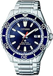 Comes with a 2 Year Citizen International Warranty CASE: STAINLESS STEEL SILVER BRACELET: STAINLESS STEEL SILVER DIAL: DARK BLUE, WITH SILVER LUMINOUS INDICES AND HANDS WATER RESISTANCE: 20 BARS CASE DIAMETER: 44 MM
