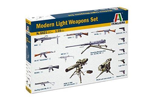 Italeri 6421 1:35 Militär-Set Moderne Waffen, Fahrzeug