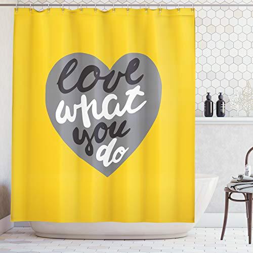 ABAKUHAUS Liebe was du tust Duschvorhang, Graustufen- Herz auf Gelb, Digital auf Stoff Bedruckt inkl.12 Haken Farbfest Wasser Bakterie Resistent, 175x220 cm, Mustard Grau