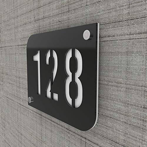 Plaque numéro de rue/maison noire design avec fond personnalisable - Modèle URBAN - Plexi - 0,6