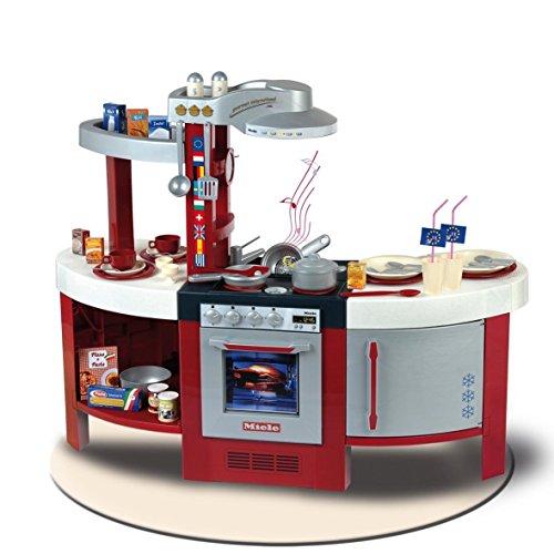 Theo Klein 9155 Cocina Miele Gourmet,nternational, Cocina de juguete que, placa de cocción con módulo de sonido a pilas, horno, lavavajillas y mucho más, a partir de 3 años, 120 cm x 43 cm x 95 cm