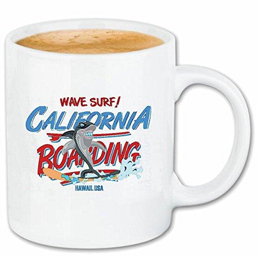 Reifen-Markt Kaffeetasse California Boarding WEISSER HAI BEIM SURFEN Wave SURF HAIATTACKE RIFFHAI SURFLEHRER Surfbrett Segel Keramik 330 ml in Weiß