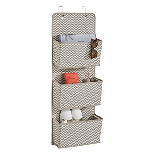 mDesign colgador ropa - Organizador armarios con 3 bolsillos de polipropileno transpirable - Perchero puerta multiusos ideal para el cuarto de los niños o el interior de sus armarios